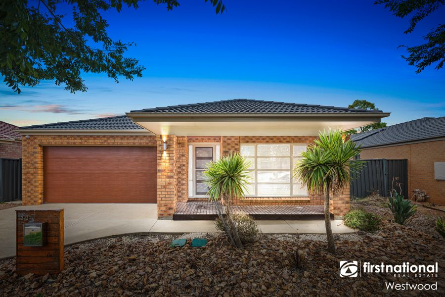 39 Kinglake Drive, Manor Lakes, VIC 3024