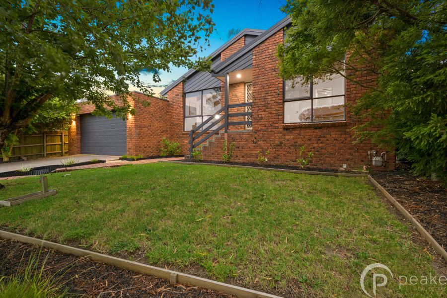 22 Coowarra Way, Berwick, VIC 3806