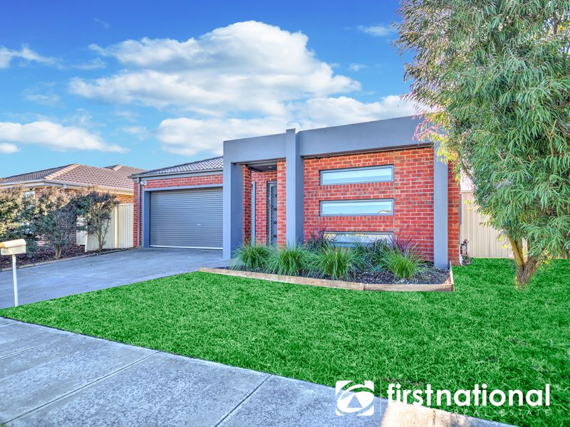 107 Blue Horizons Way, Pakenham, VIC 3810