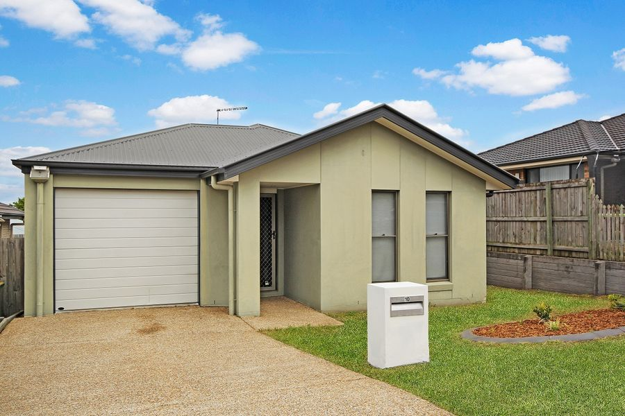 10 Huntley Crescent, Redbank Plains, QLD 4301