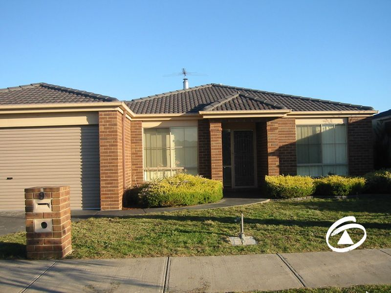 9  Hampshire Drive, Narre Warren South, VIC 3805
