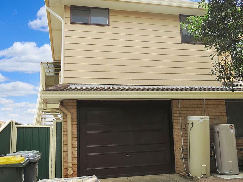 1/17 Jarrah Avenue, Bradbury, NSW 2560