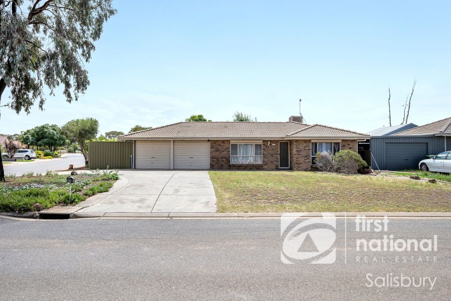 32 Mclean Court, Andrews Farm, SA 5114