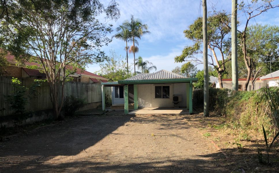 18 Alexander Road, Oxley, QLD 4075