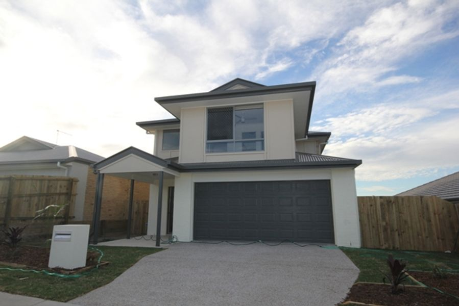 31 Woodline Drive, Spring Mountain, QLD 4300