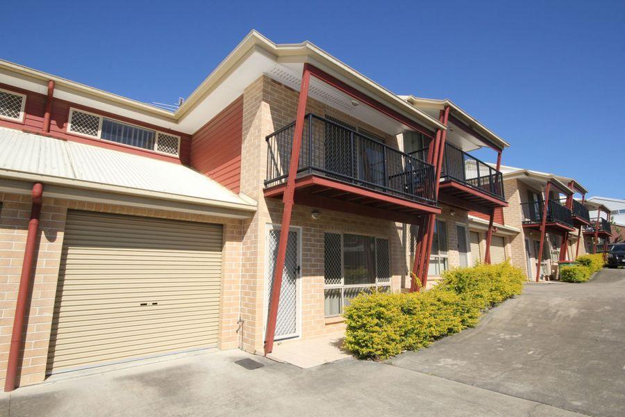 2/25 Law Street, Redbank, QLD 4301
