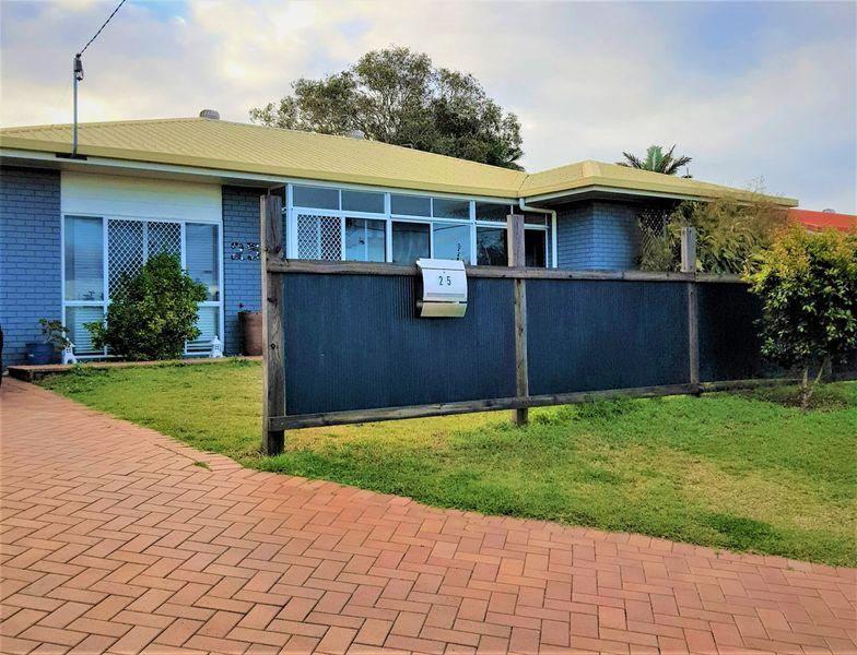 25  Kululu Crescent, Scarness, QLD 4655