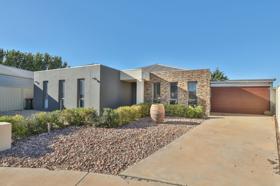 6 Madison Close, Mildura, VIC 3500