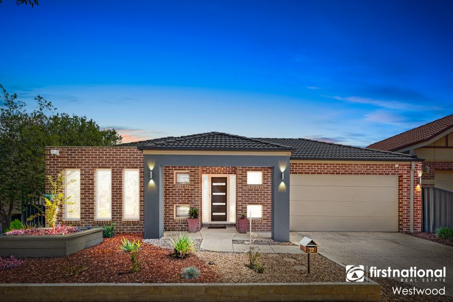 12 Mundi Crescent, Manor Lakes, VIC 3024