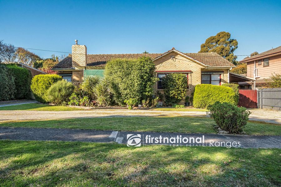 16 Lloyd Street, Knoxfield, VIC 3180