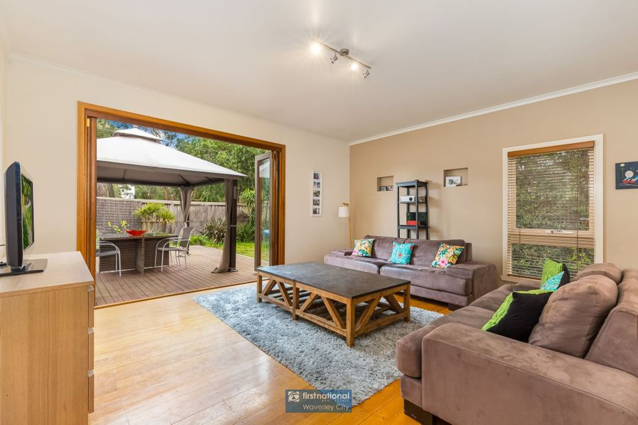 1 Tunbridge Way, Ferntree Gully, VIC 3156