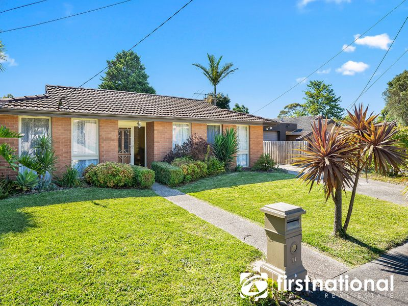 11 Mark Court, Hampton Park, VIC 3976
