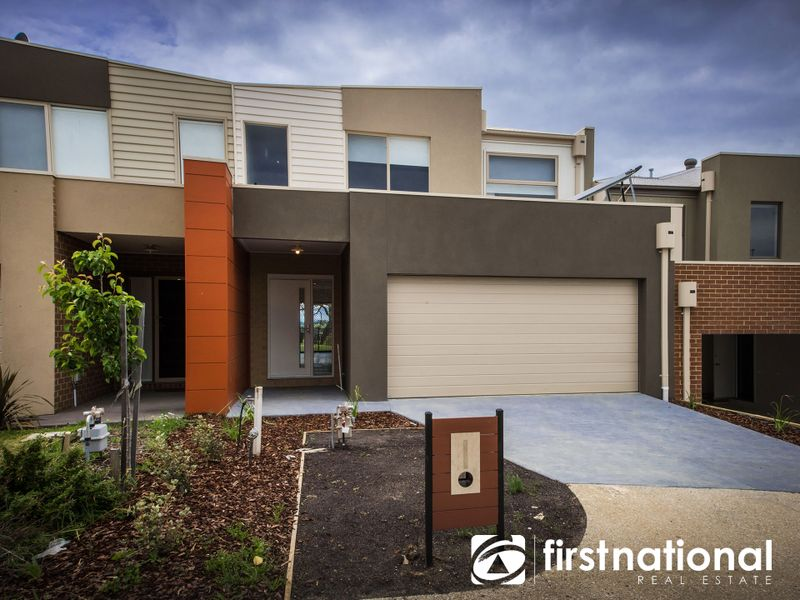 31/23 Atlantic Drive, Pakenham, VIC 3810