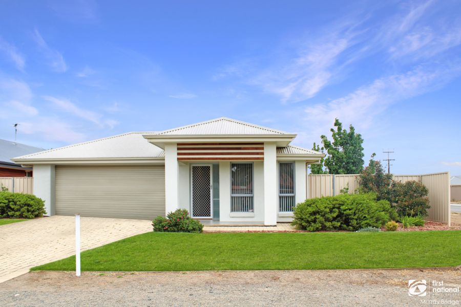2 Sir John Cowan Avenue, Murray Bridge, SA 5253