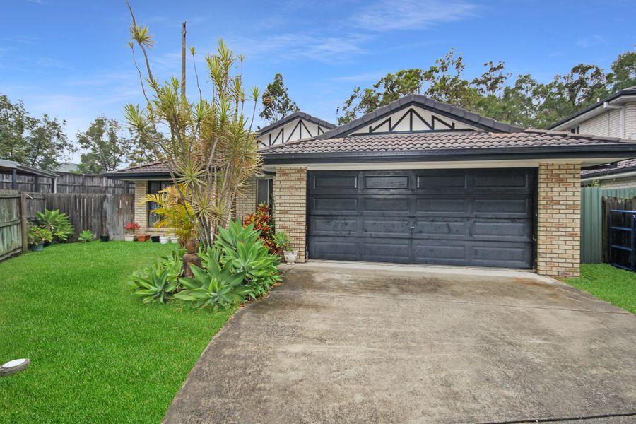 42 Treeline Place, Durack, QLD 4077