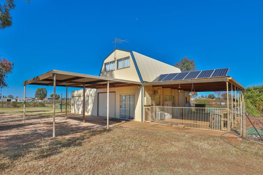 14 Yanco Road, Coomealla, NSW 2717