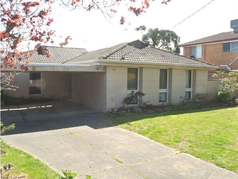 29 Golden Grove, Glen Waverley, VIC 3150