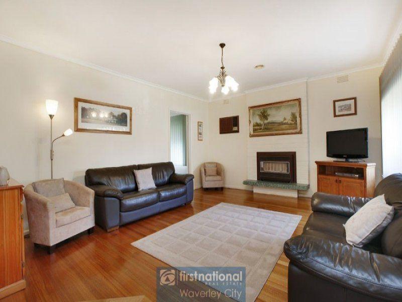 7 Lochinvar Road, Glen Waverley, VIC 3150