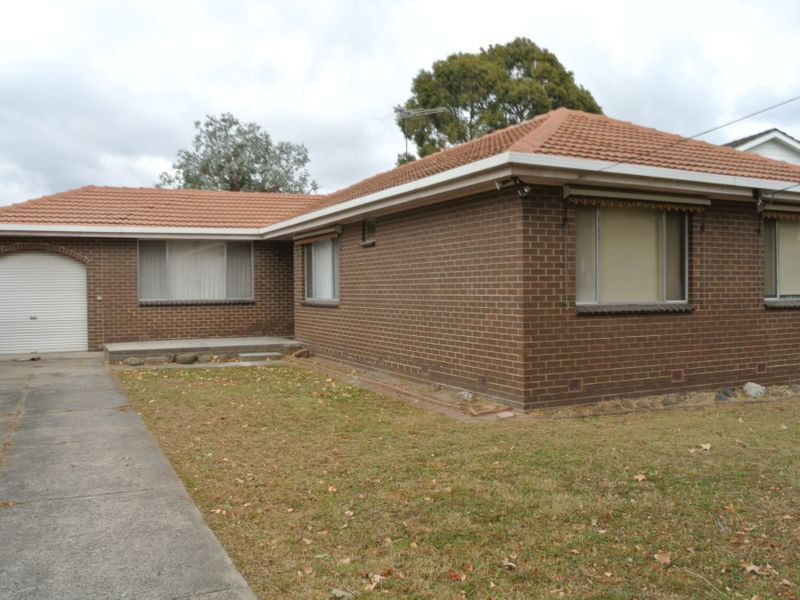 4 Merrick Crescent, Glen Waverley, VIC 3150