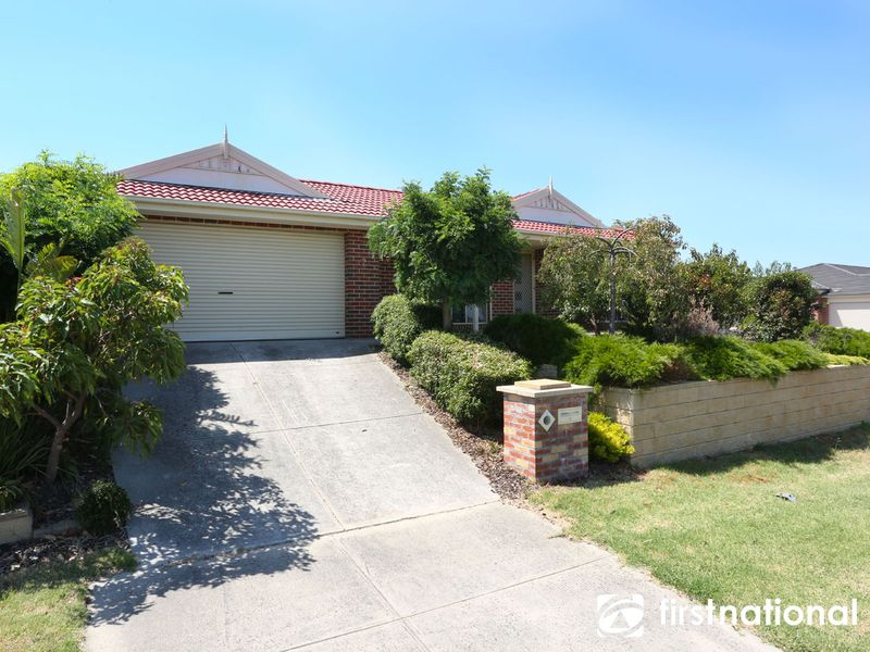 2 Snow Gum Court, Pakenham, VIC 3810
