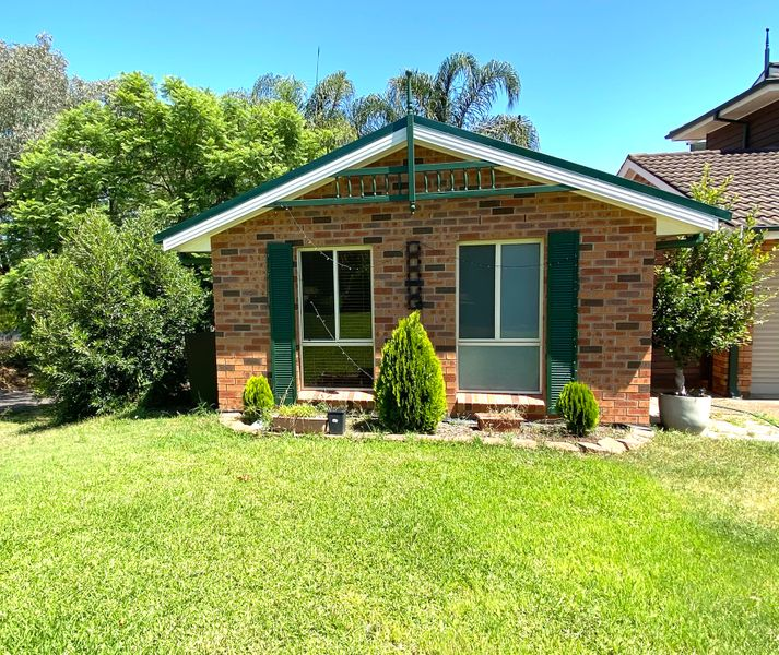 24 Heritage Way, Glen Alpine, NSW 2560