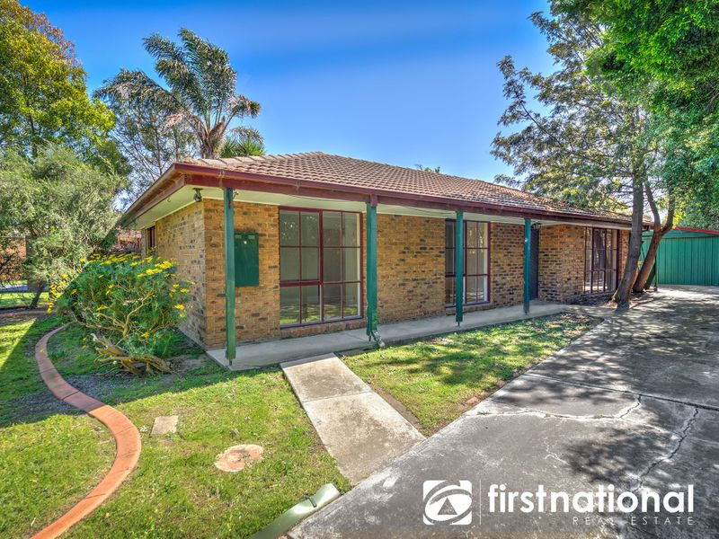 25 Collins Crescent, Berwick, VIC 3806