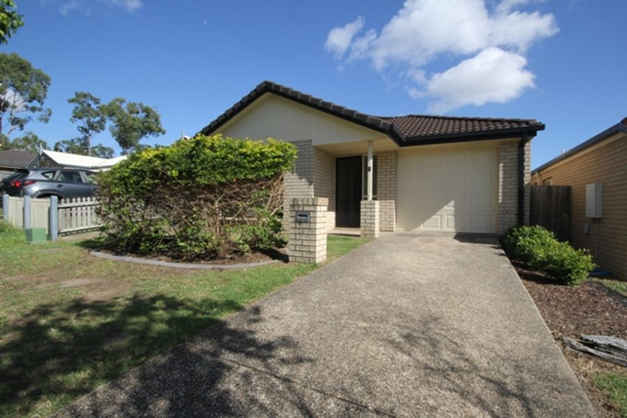 9 Starr Street, Forest Lake, QLD 4078