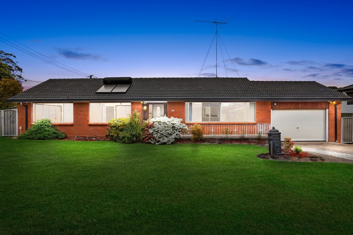 36 Universal Avenue, Georges Hall, NSW 2198