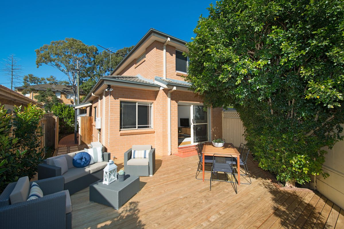 1/6 Armstrong Street, Cammeray - Fantastic Team!