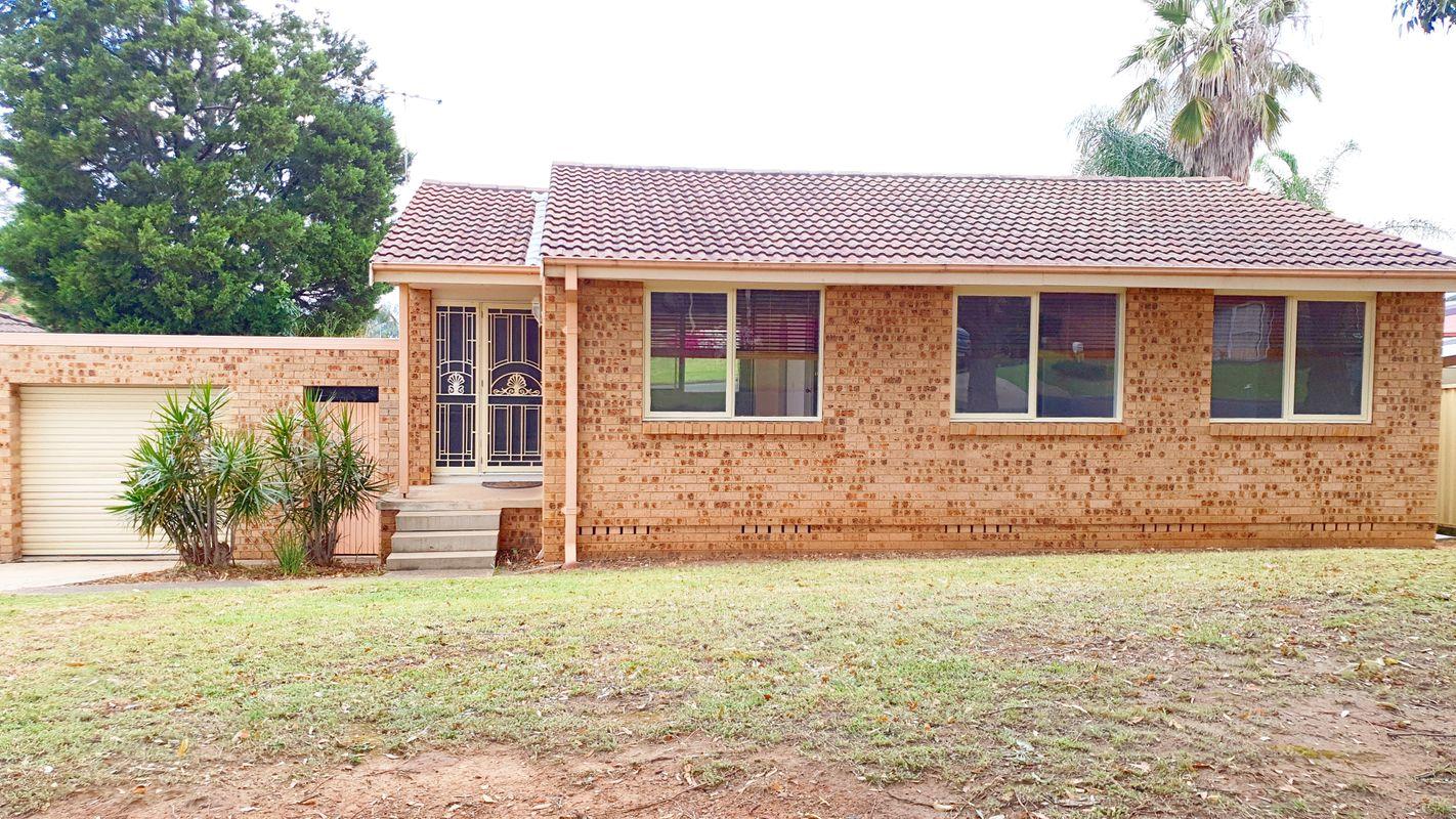 37 Harthouse Road, Ambarvale, NSW 2560