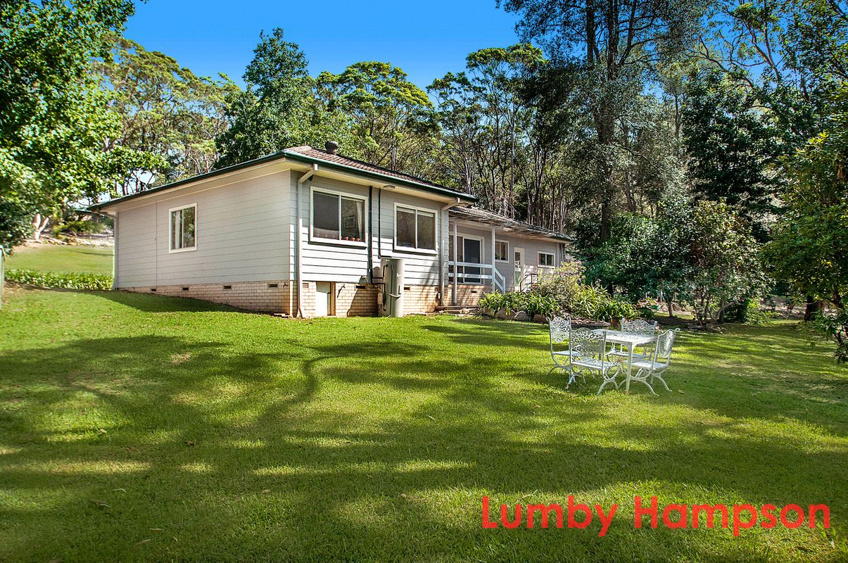 Lumby hampson 284 galston road galston nsw 2159 for 15 st judes terrace dural