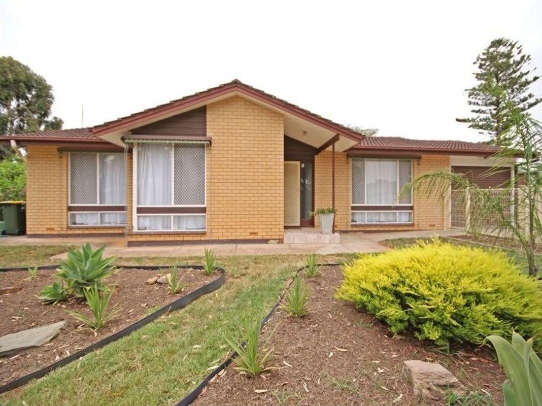 18 Naperian Road, Salisbury North, SA 5108
