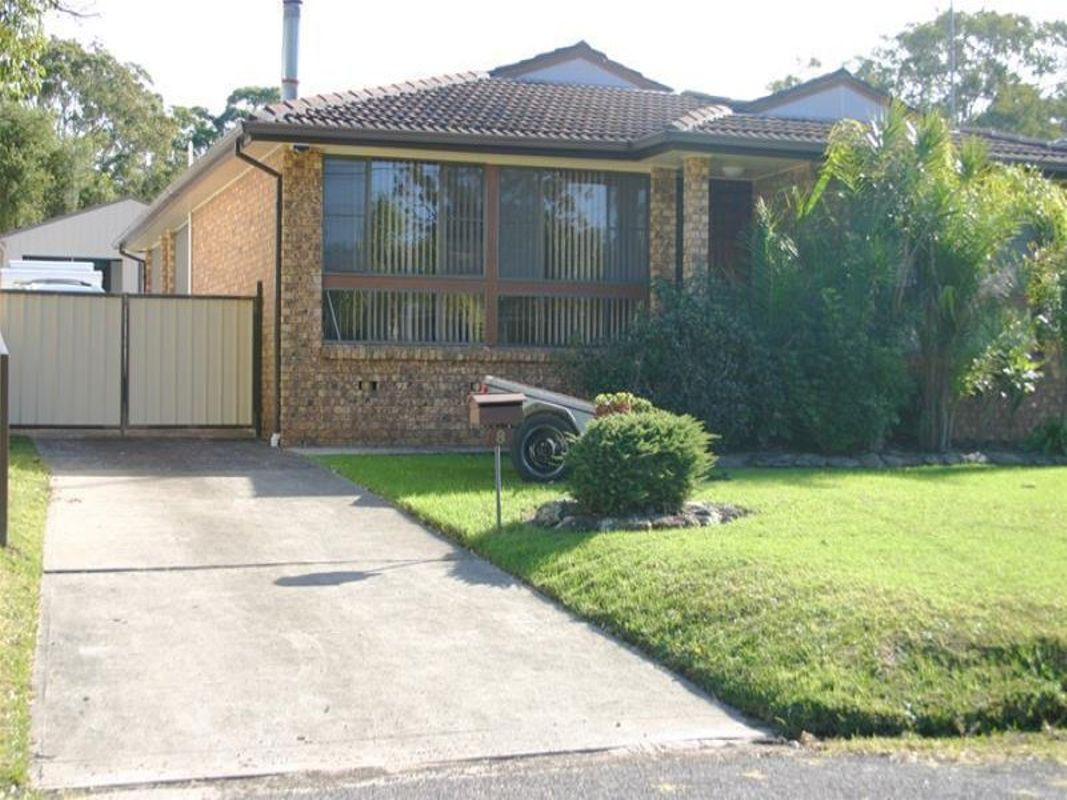 8 Queens Road Lake Munmorah