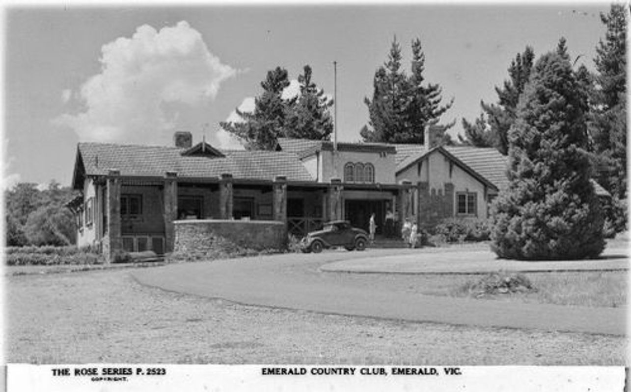 Emerald Country Club
