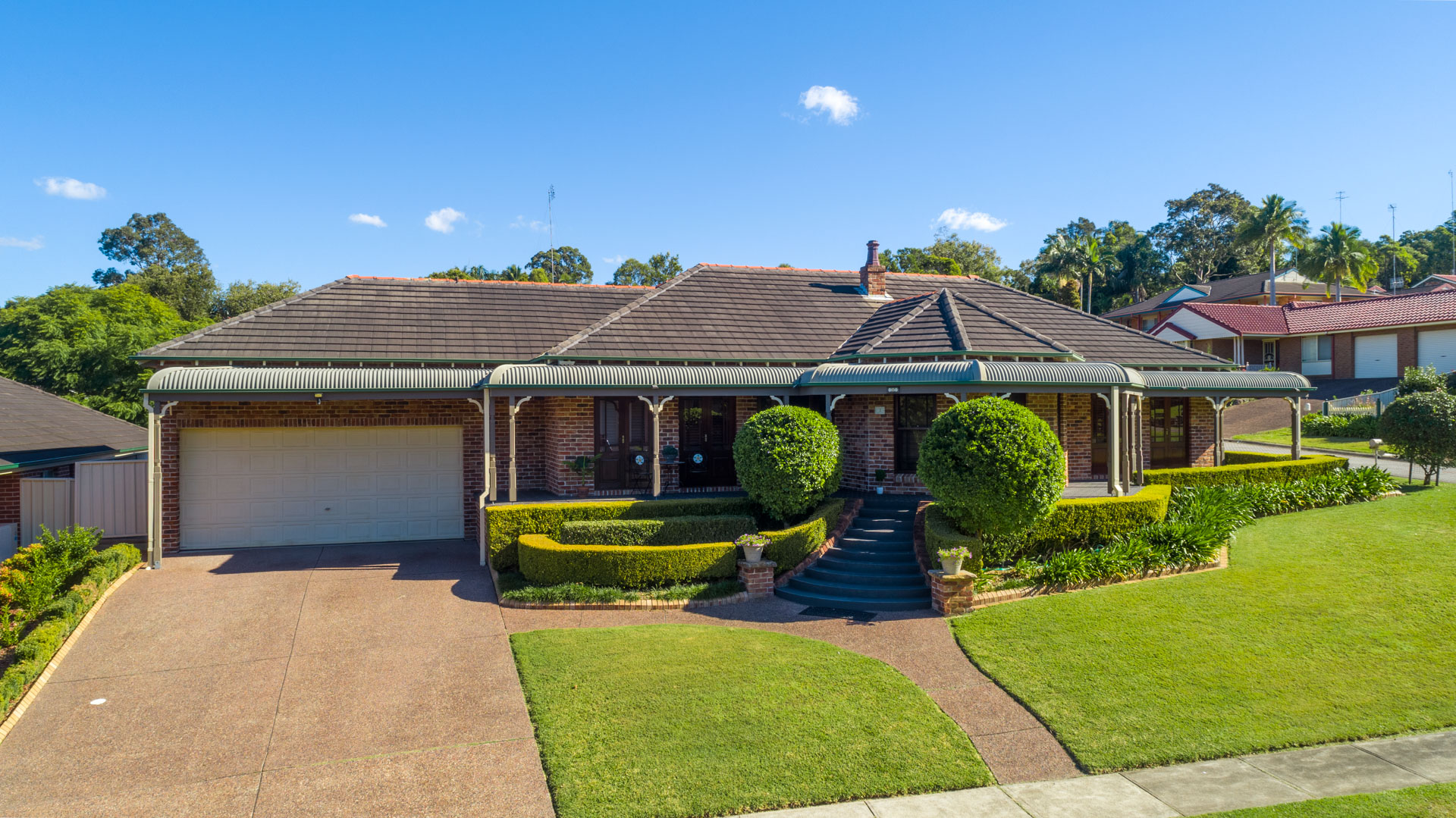 1 Staveley Crt  Lakelands Aerial 1 of 4 74800211