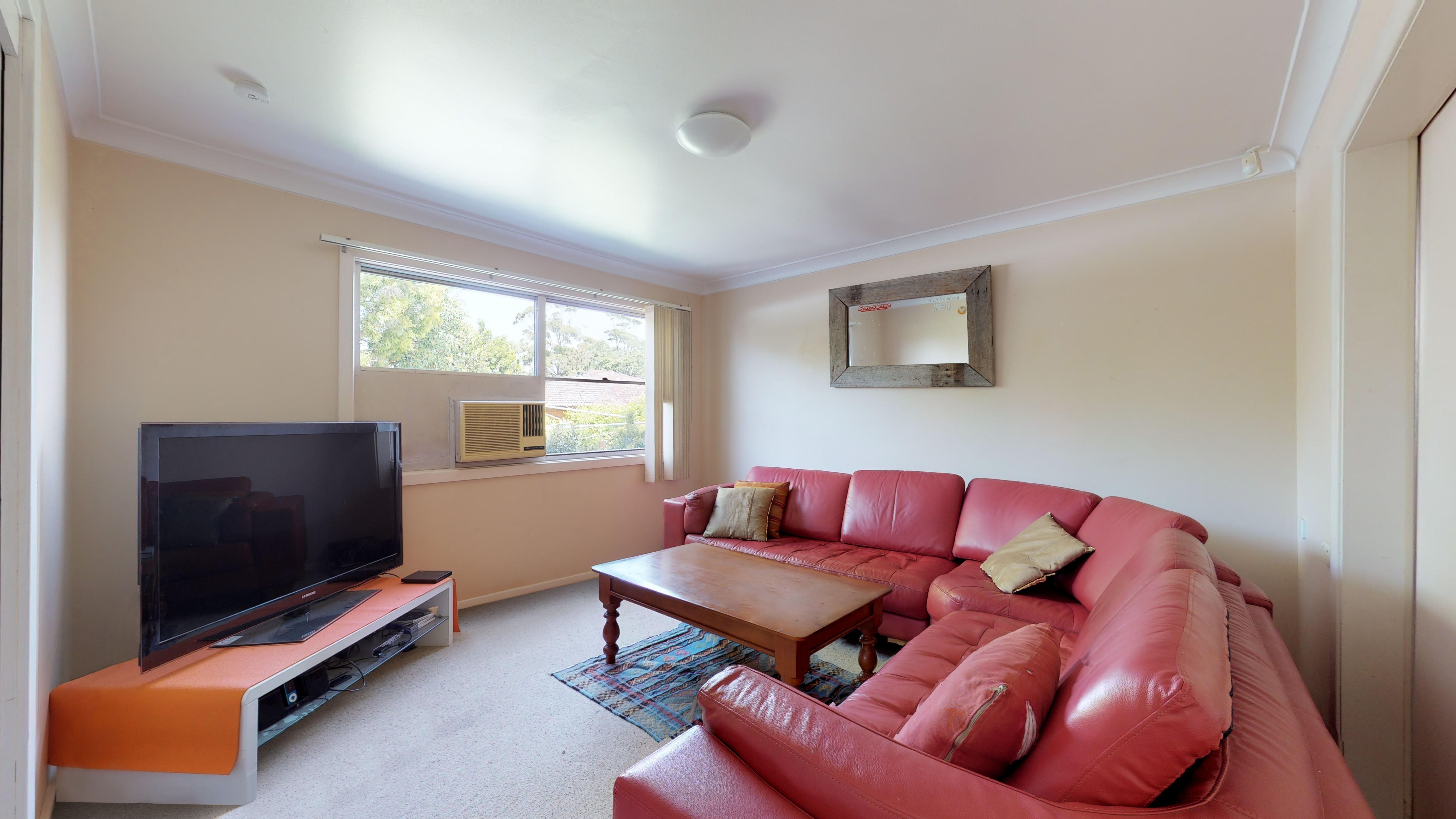 206 Marsden   Living Room 1