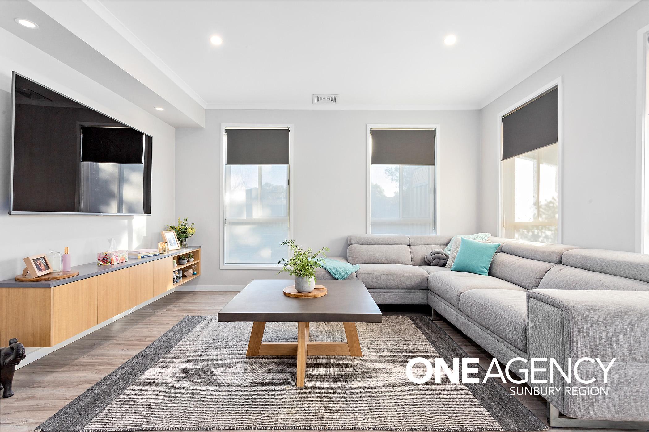 1 Living Room