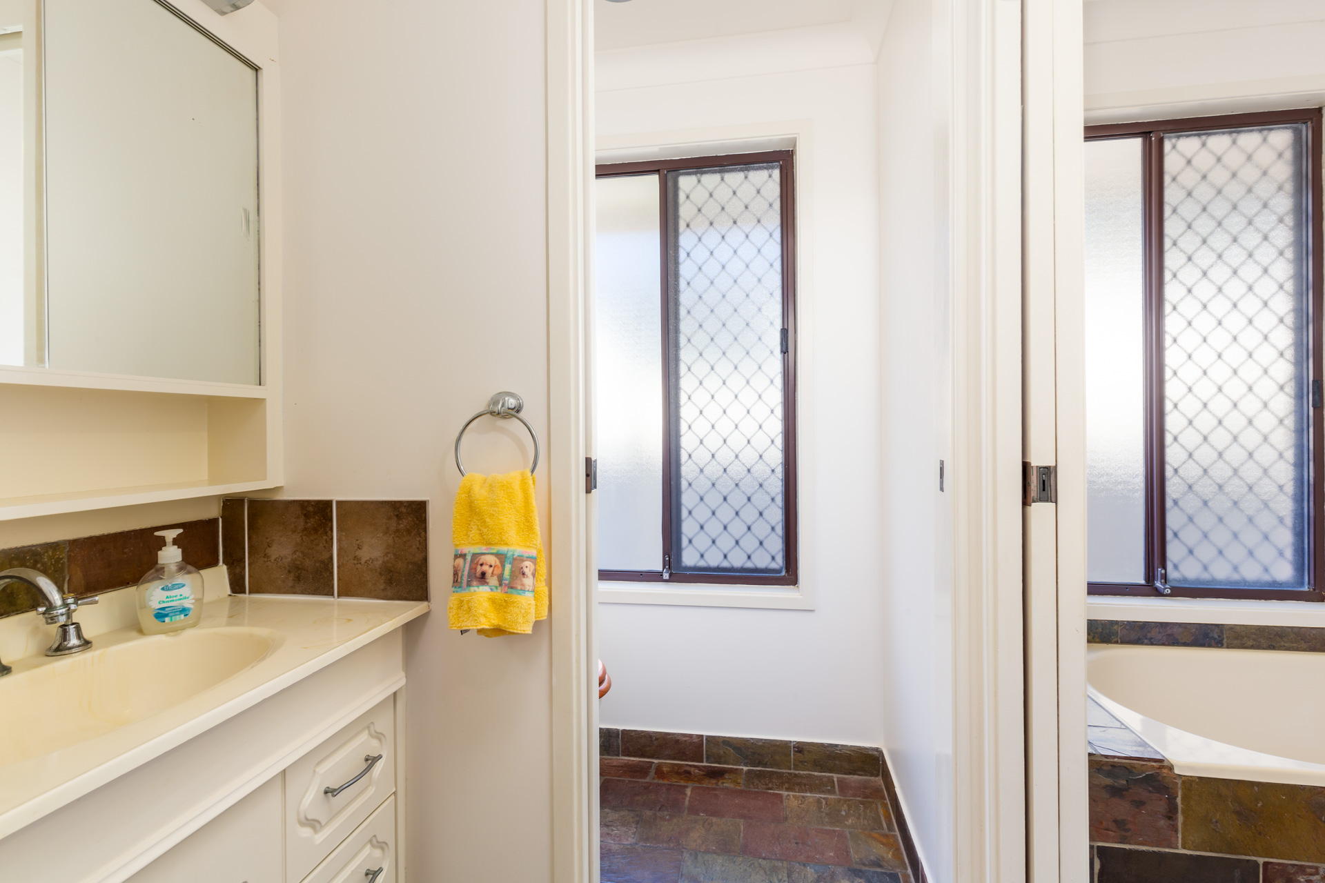 70 Medcalf St   Warners Bay (14 of 18)