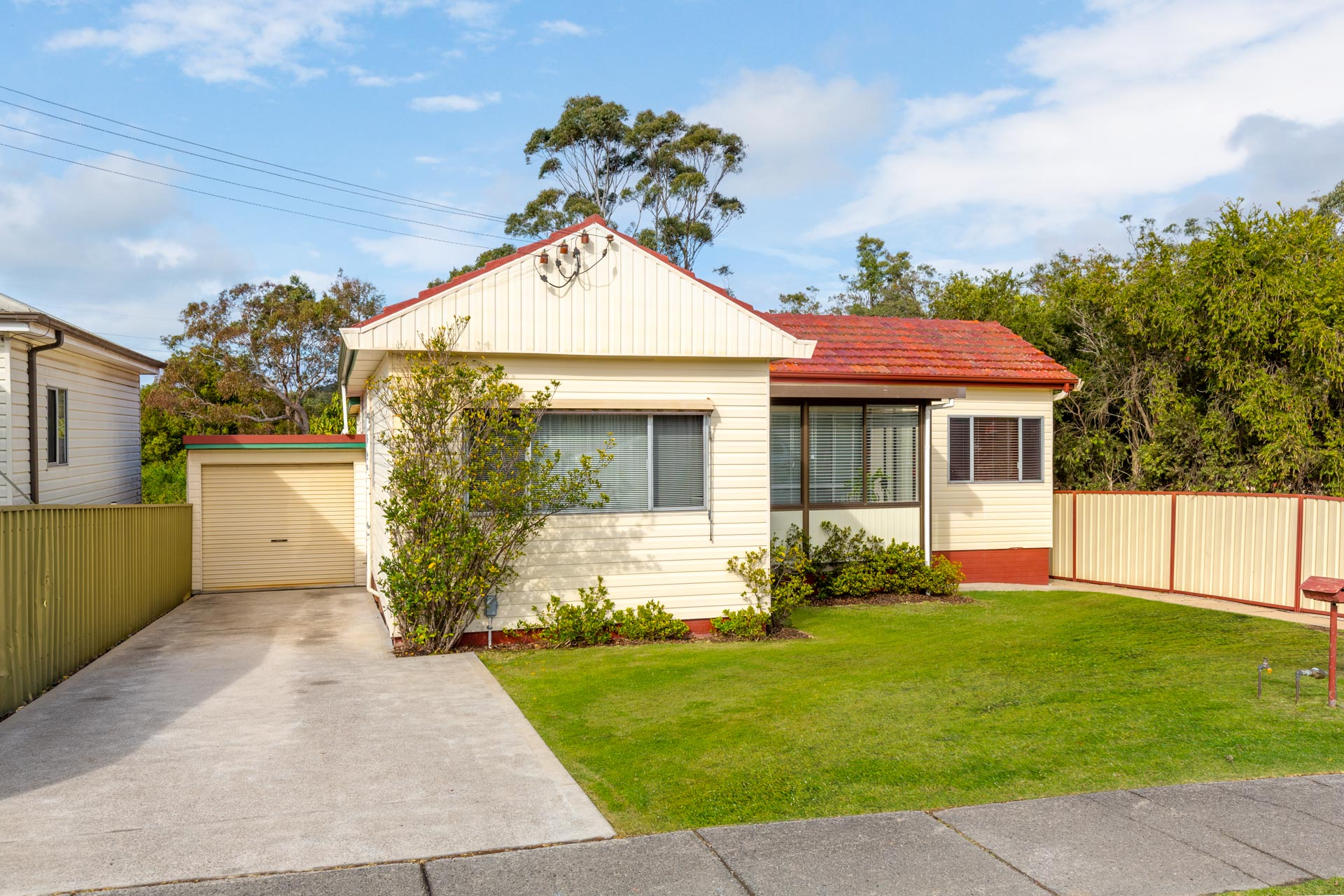 119 Croudace Rd   elermore Vale (1 of 18)