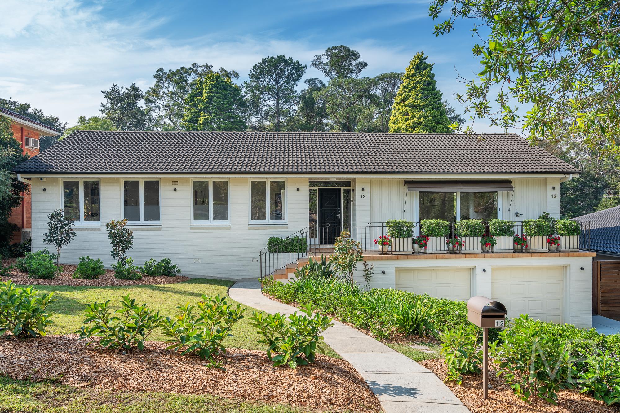 12 Lynbara Avenue, St Ives, NSW 2075