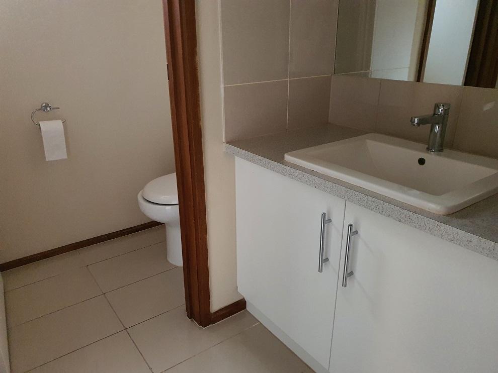 bathroomblindcreek