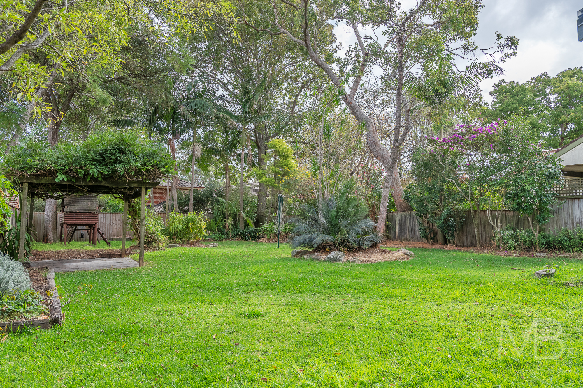 18 Allambie Avenue, East Lindfield, NSW 2070