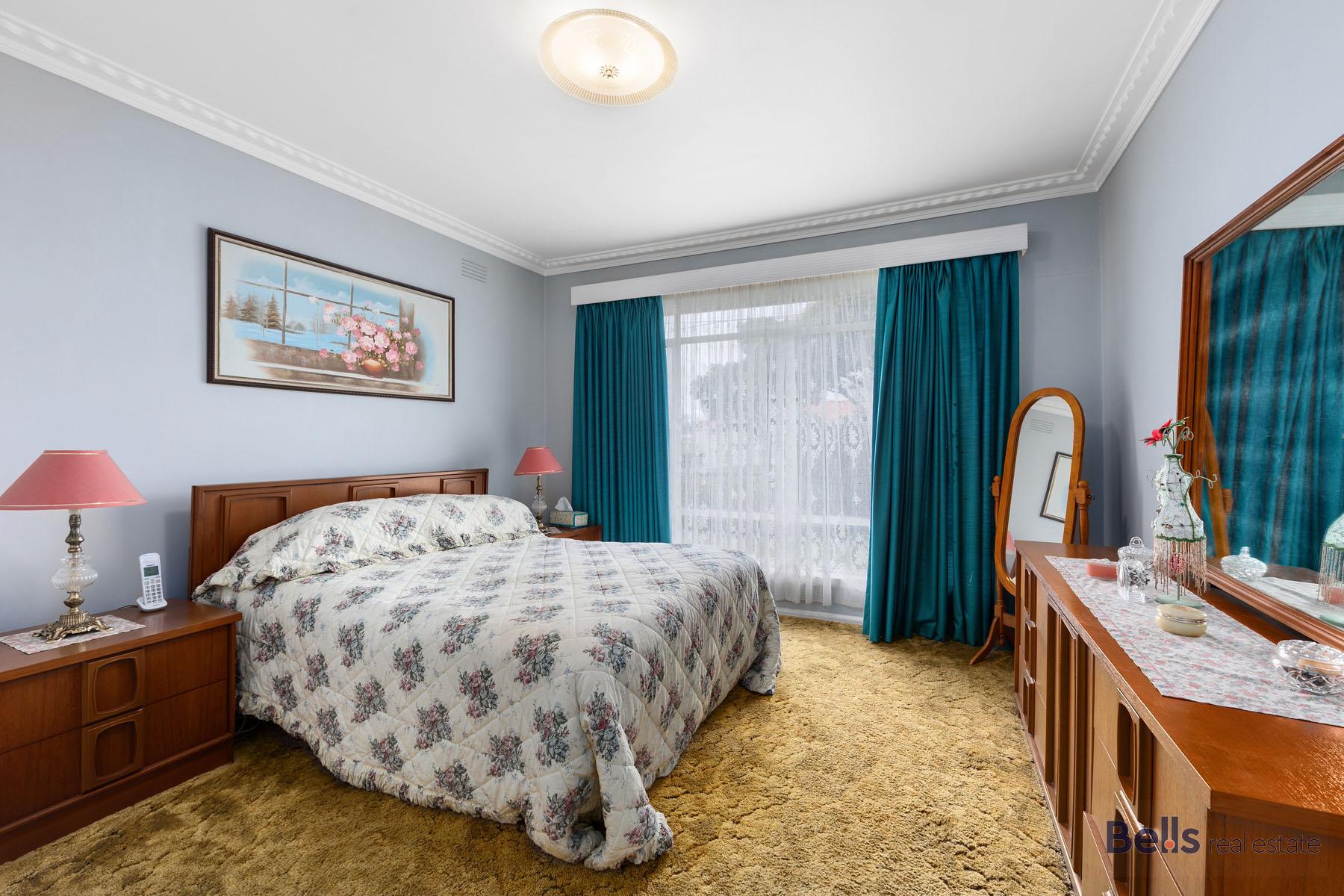 8 Master Bedroom