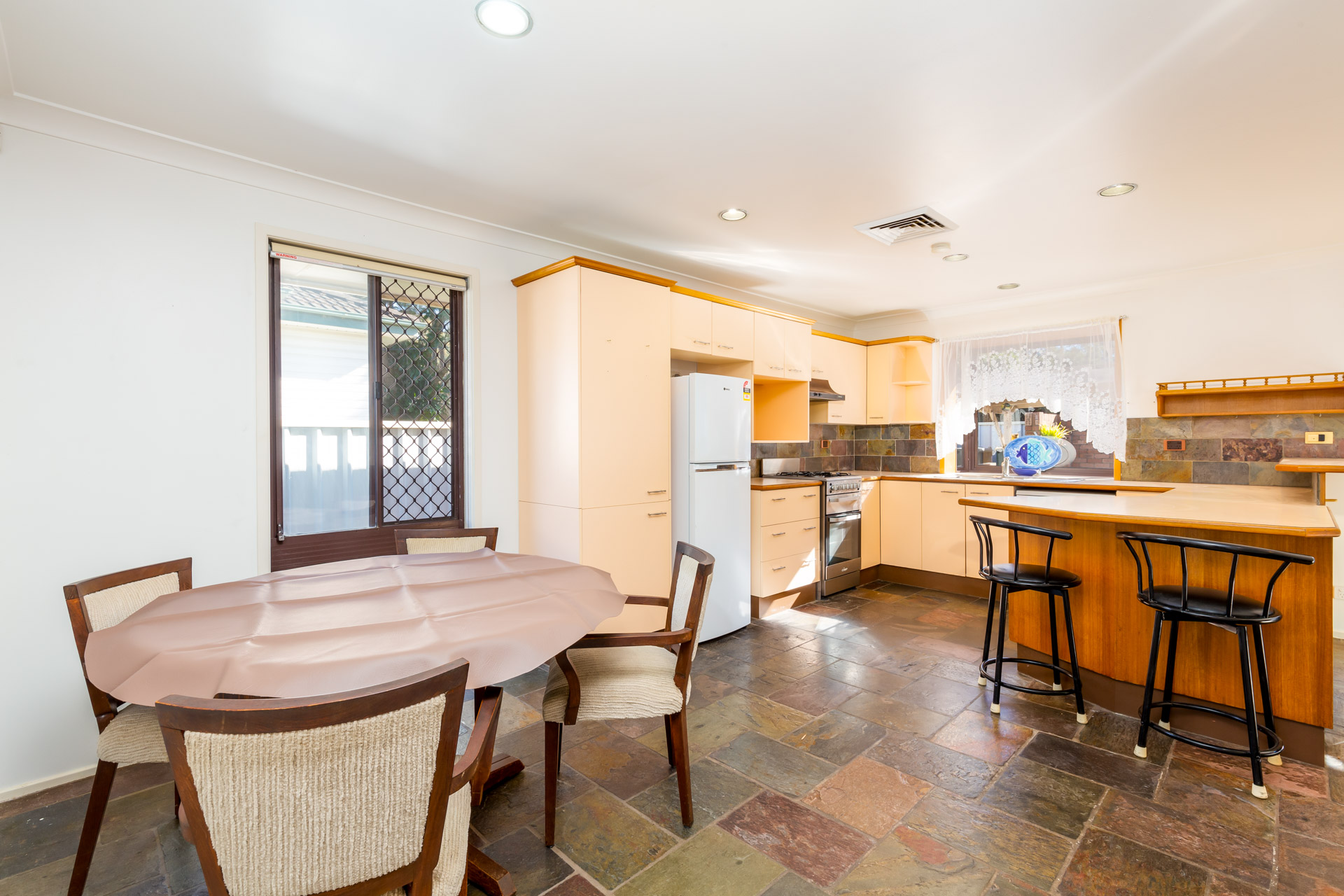 70 Medcalf St   Warners Bay (15 of 18)