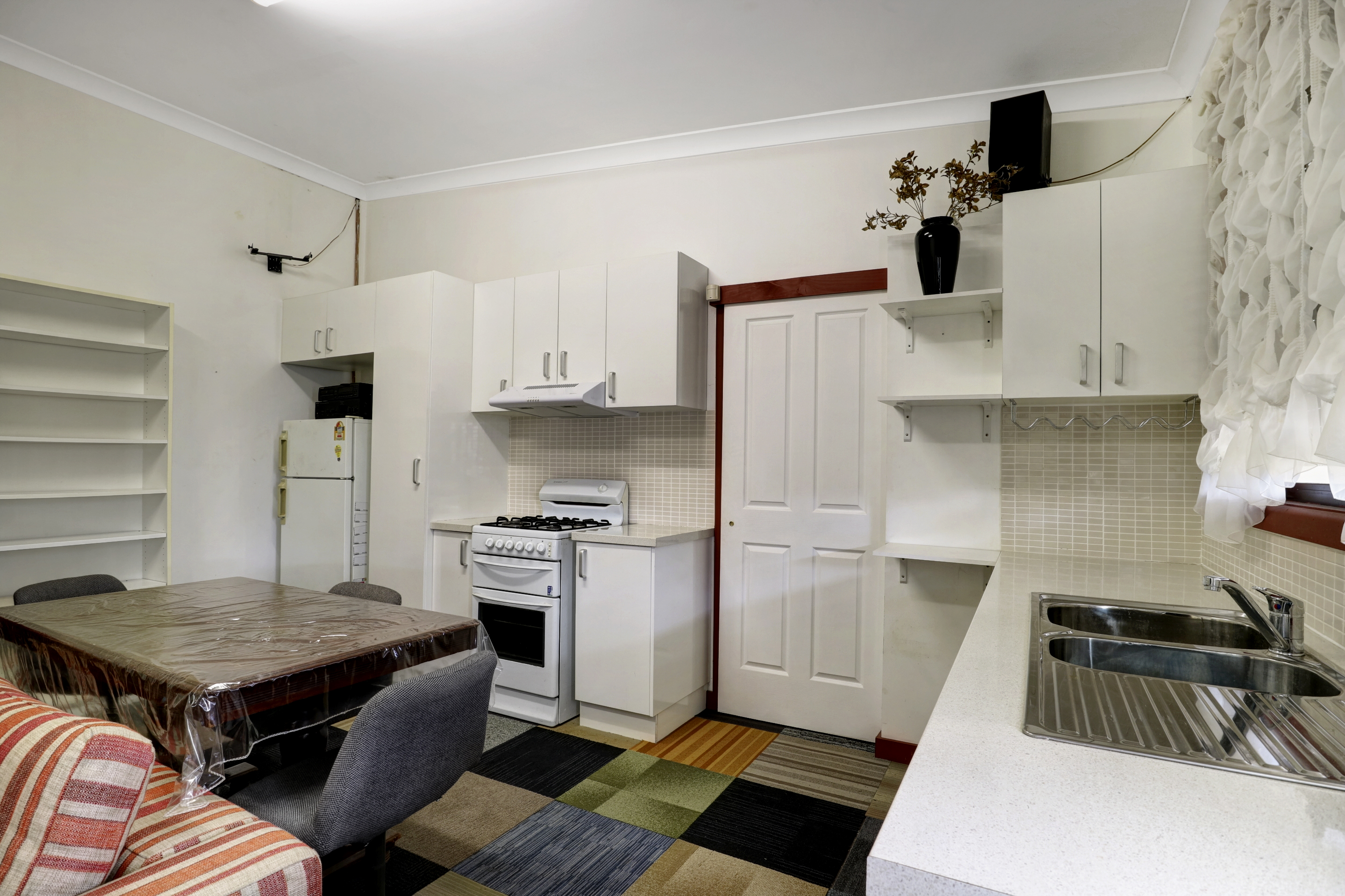 658a king georges rd kitchen